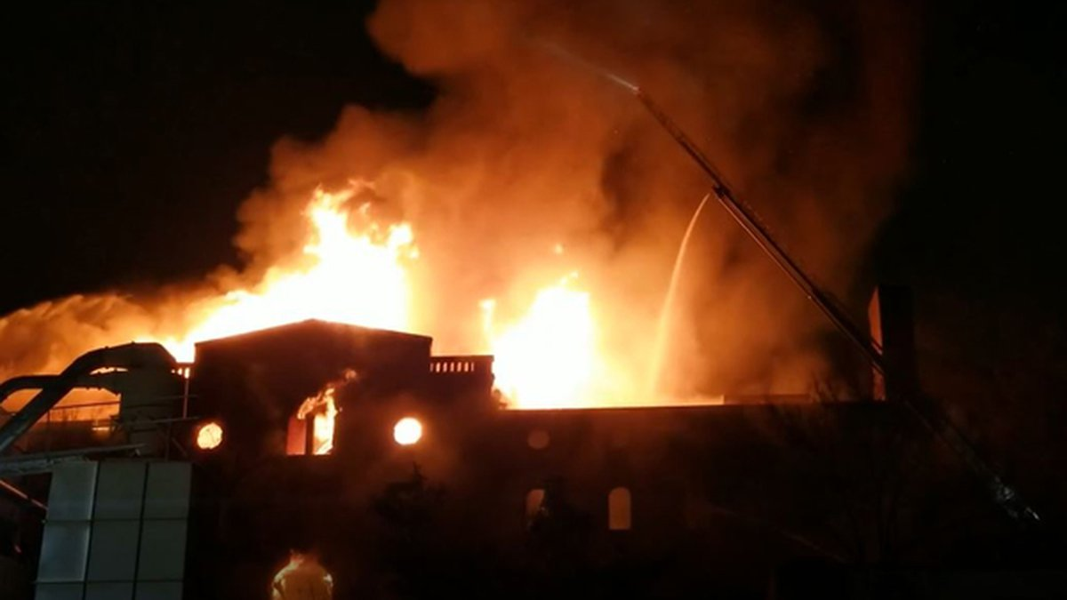 A large structure fire happened in a vacant historic building in Over-the-Rhine early Sunday...