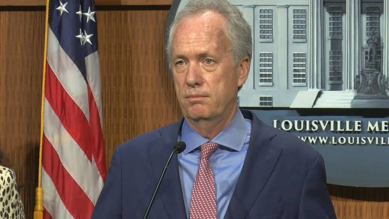 Jeffersontown PD Chief Rick Sanders dismissed Louisville Mayor Greg Fischer's claims that the...
