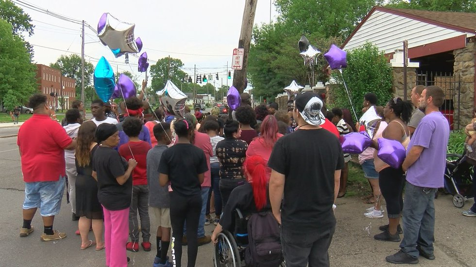 Friends and family gathered to mourn Justice Smith on Monday. (Source: WAVE 3 News)