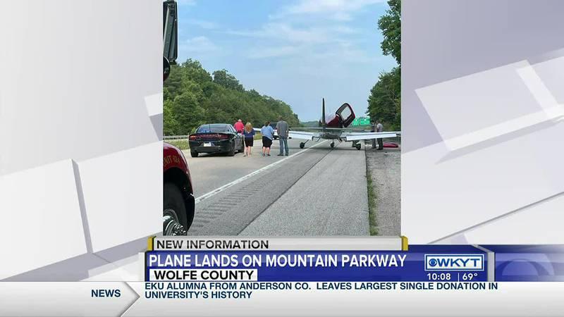 Plane makes emergency landing on Mountain Parkway