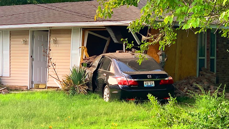 A neighbor told WAVE 3 News a car has crashed into the same house on Regent Way in Louisville...