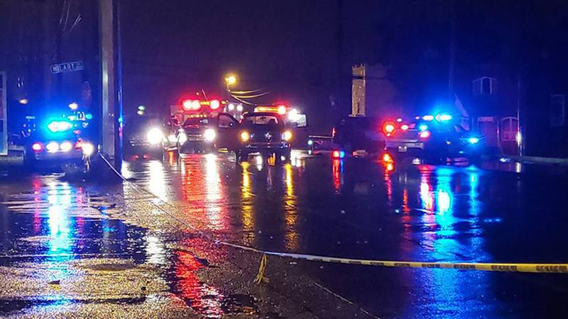 Dixie Highway is completely closed near the intersection of Ratcliffe Road as police...