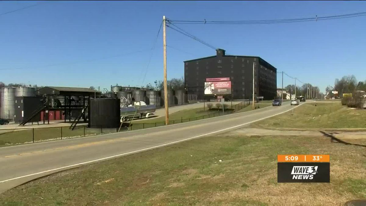 Thousands of gallons of bourbon mash spilled out at Barton 1792 Tuesday.