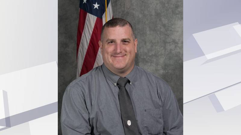 Georgetown police Lieutenant Gary Crump died unexpectedly Wednesday night.