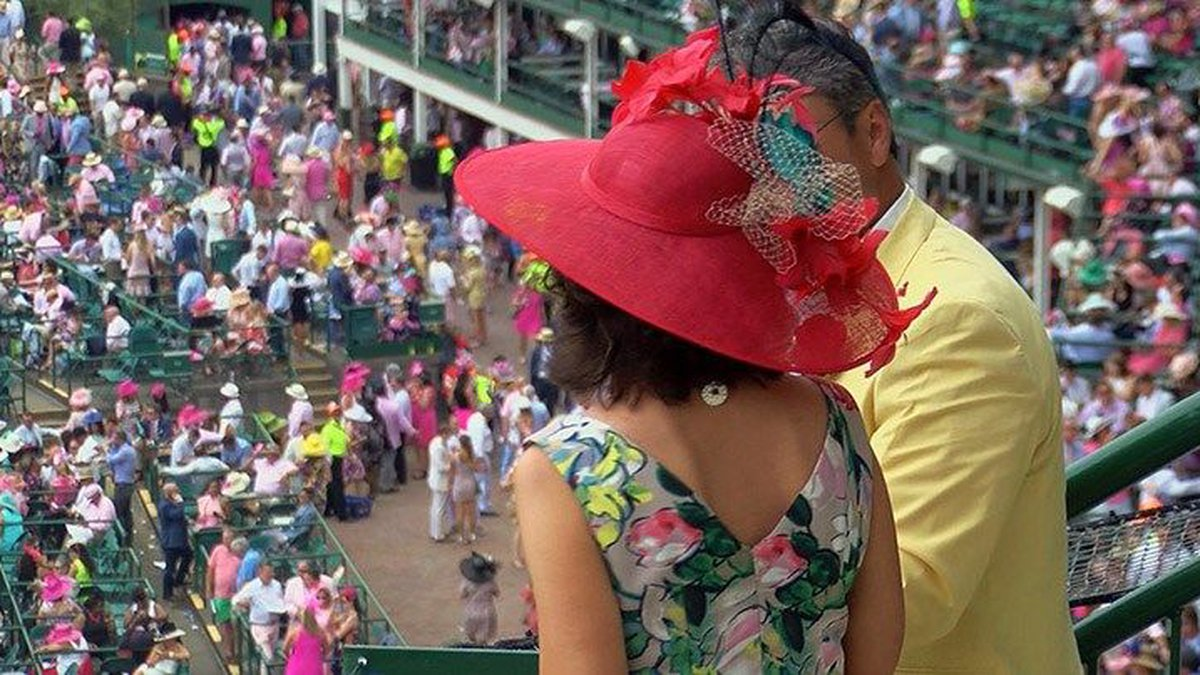 A pink hat in a sea of pink outfits at Churchill Downs on Friday. (Source: WAVE 3 News)