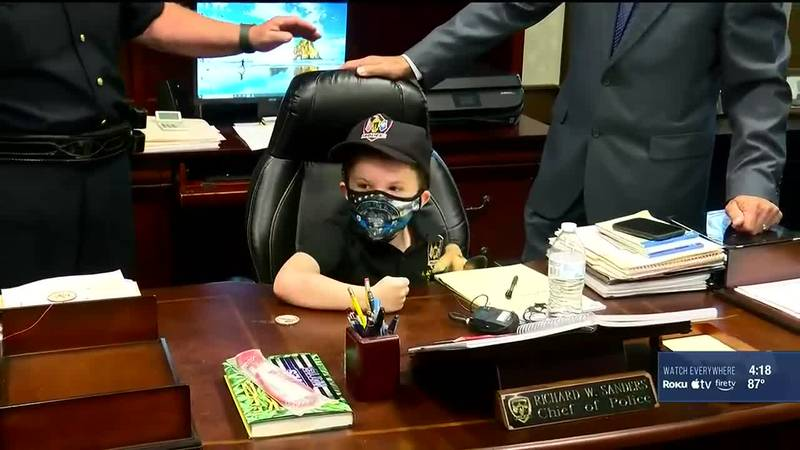 7-year-old Axson always wanted to be a police officer. Jeffersontown Police helped grant his...