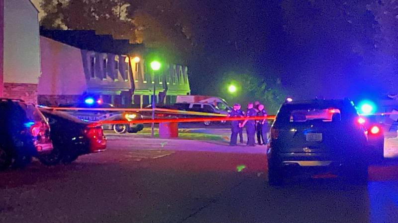 LMPD investigators at a shooting scene on Bronner Circle in Buechel.