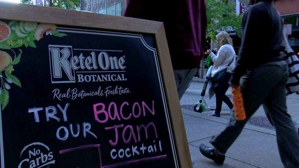Beer, bourbon, and live music were also on hand, as well as bacon-themed games and competitions.