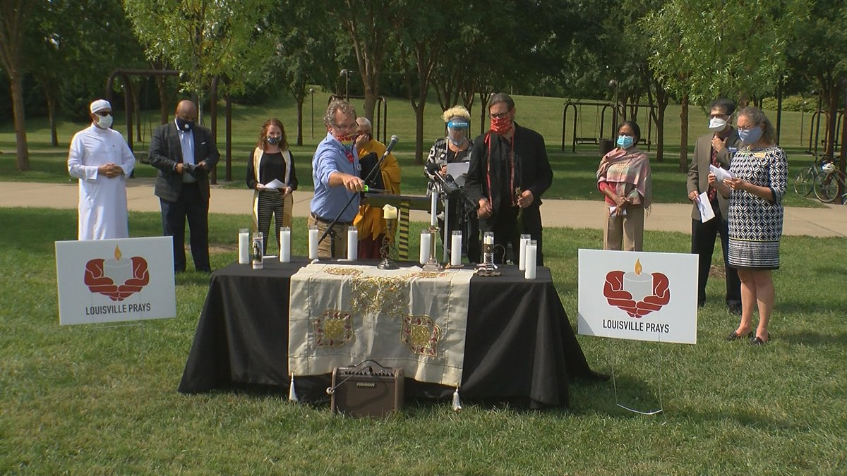 Leaders of all different faiths participated in prayer, meditation, songs and chants.