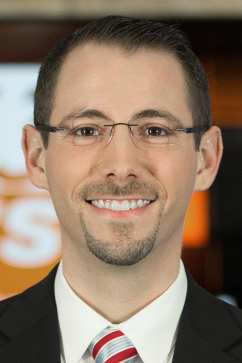 Headshot of Justin Logan, Meteorologist