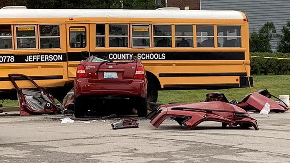 'All of a sudden I blacked out': JCPS student survives deadly bus crash