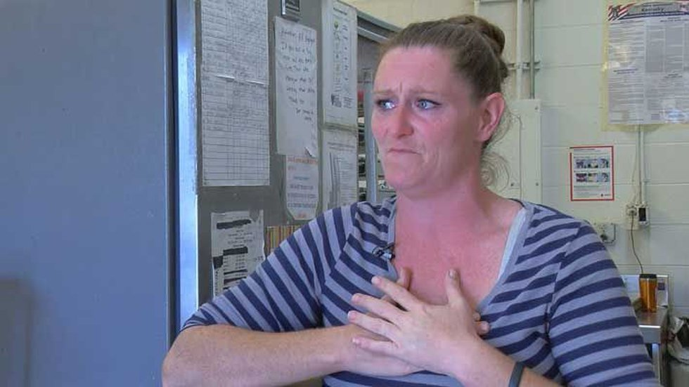 Candace Hill told us everyone at Annie's is like family. (Source: WAVE 3 News)