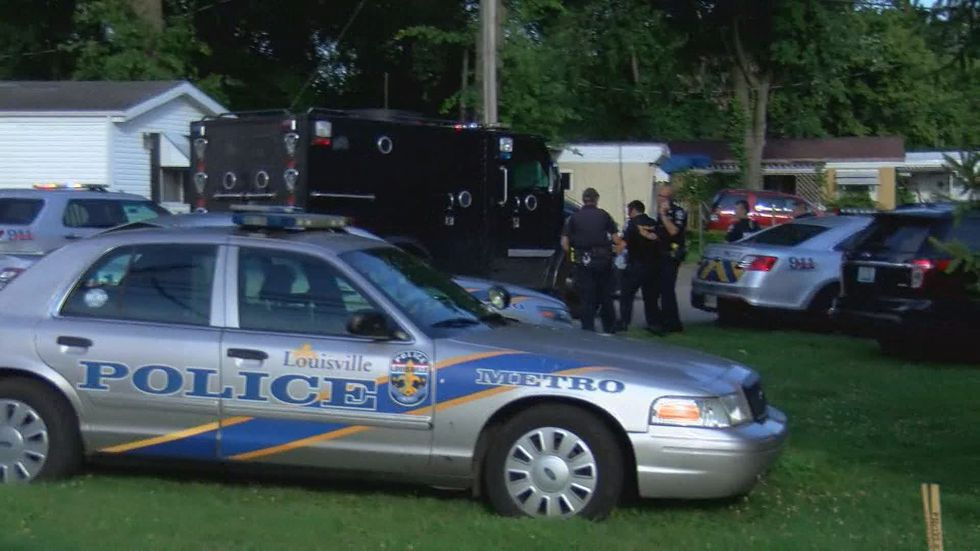 SWAT, police and EMS are all on the scene. (Source: WAVE 3 News)