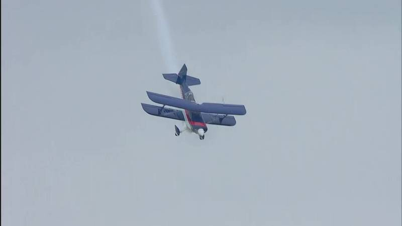 Billy Werth in Pitts S2C video still Thunder Over Louisville air show