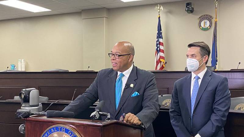 State Senator Reggie Thomas pre-filed a bill that would up minimum wage to $15 an hour.