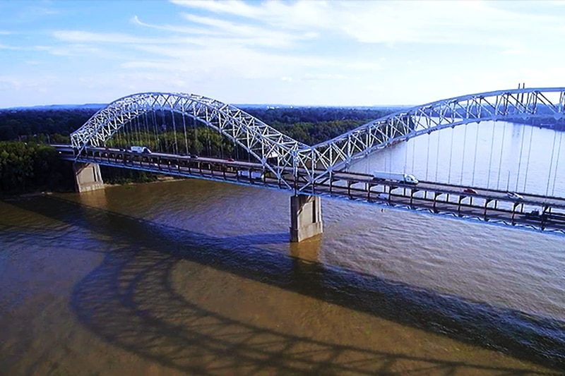 The Sherman Minton Bridge over the Ohio River, connecting Louisville, Kentucky to downtown New...