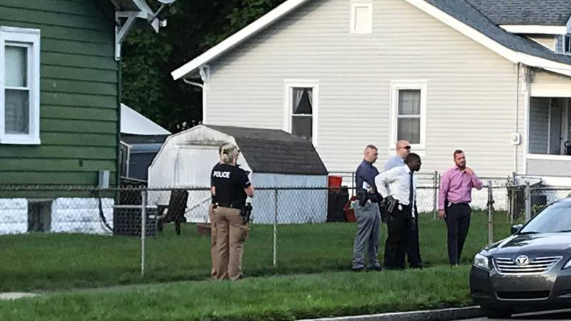 Police are investigating what happened. (Source: WAVE 3 News)