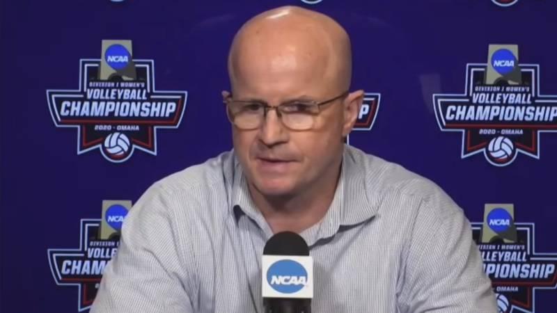 UK volleyball head coach Craig Skinner