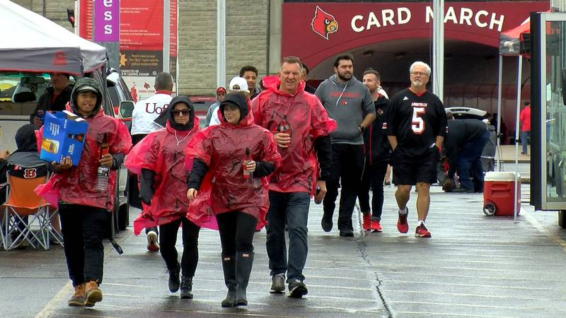 UofL tailgaters were ready to win ahead of Saturday's game against Virginia.