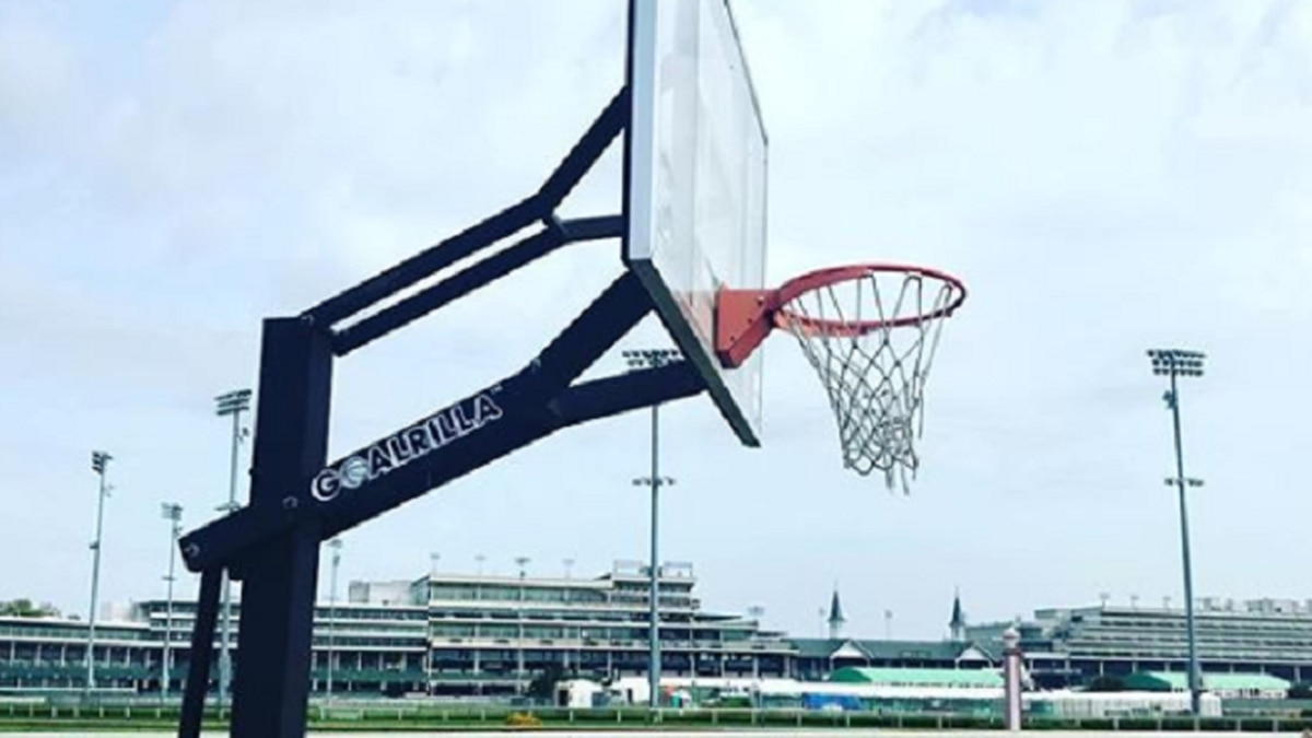 A photo of a basketball goal at Churchill Downs, uploaded to Instagram by NBA2Lou