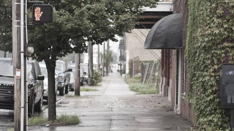 East Market Street in the rain, Louisville, Ky.