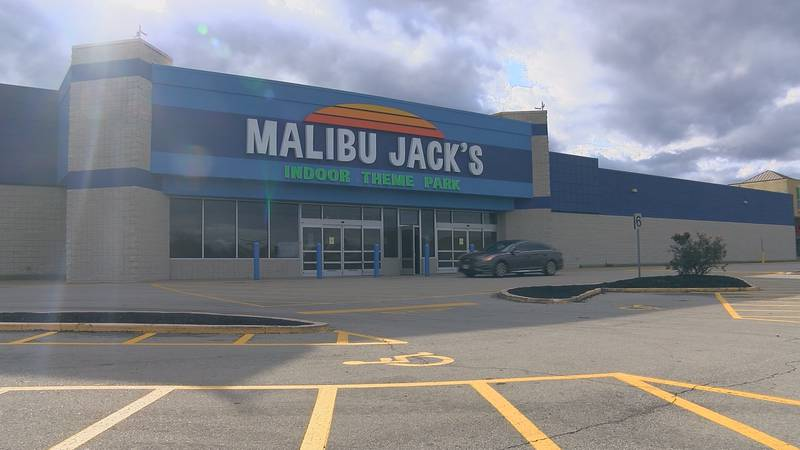 Malibu Jack's is finishing up work on its new location on Hurstbourne Parkway, former home of...