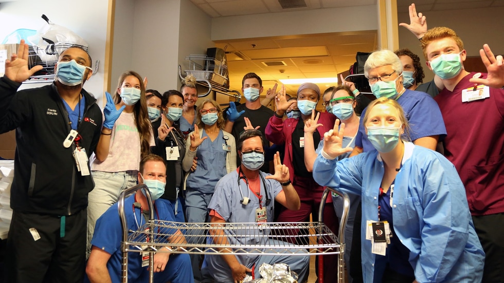 Louisville native and current Los Angeles Dodgers catcher Will Smith stopped by UofL Hospital...