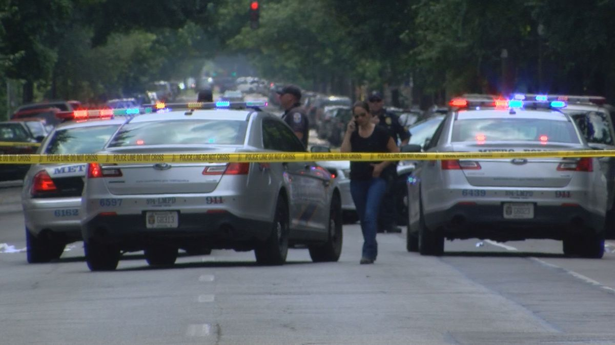 Police blocked the street as they investigated what happened. (Source: WAVE 3 News)