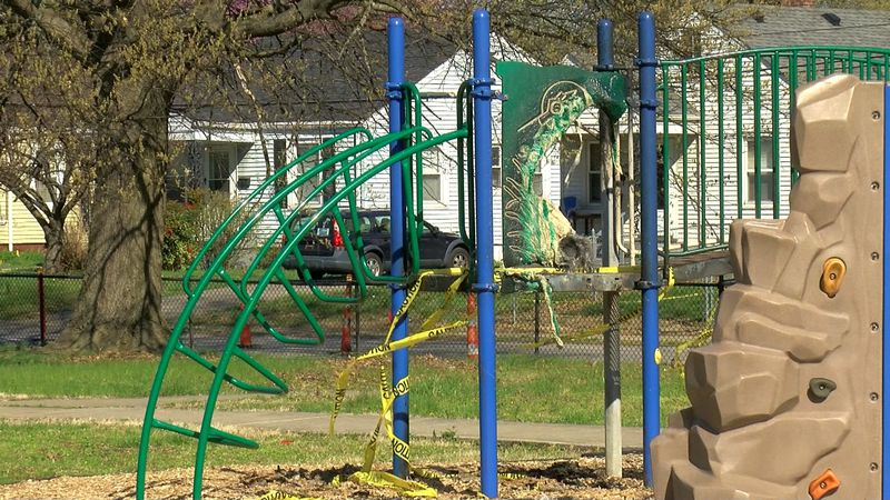 LMPD is investigating who set the playground of Wyandotte Park on fire.