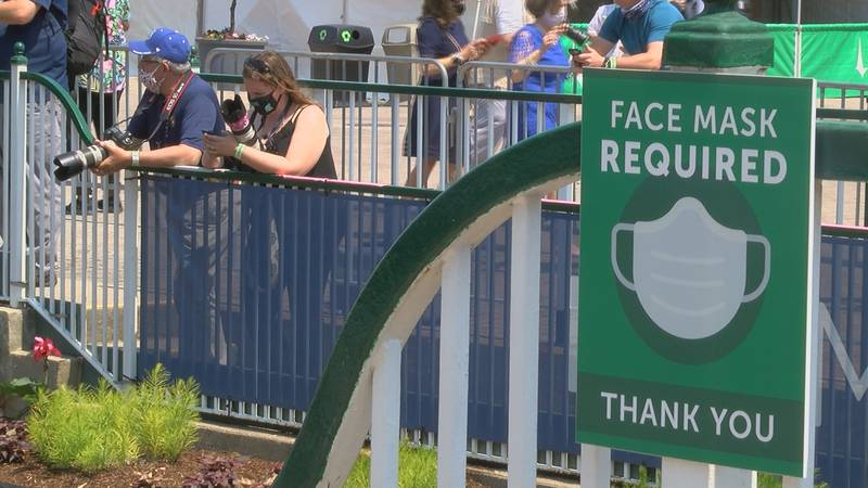 Masks are required in Churchill Downs.