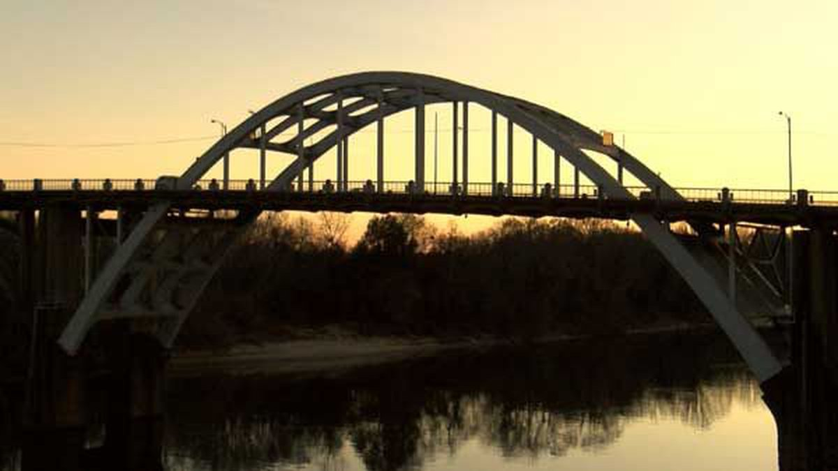 Edmund Pettus Bridge (Source: WSFA 12 News file photo)