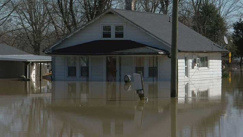 Utica, Indiana is flooding in many areas. (Source: WAVE 3 News)