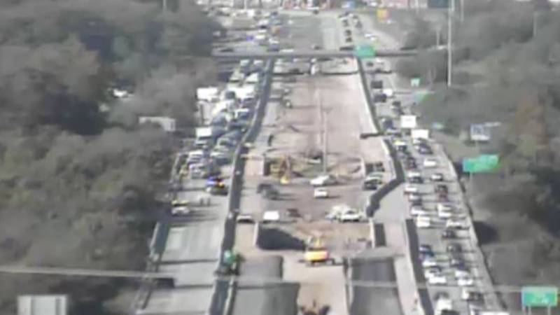 A four-car wreck on I-265 Southbound, otherwise known as the Gene Snyder Freeway, near Old...
