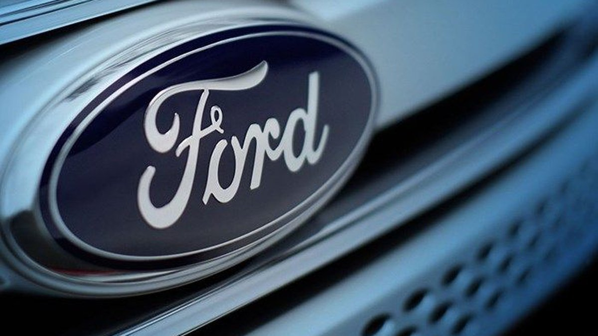 Beginning July 31, workers and visitors in Louisville's Ford plants will need to wear face masks.